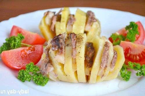 Картопля з беконом або картопля-гармошка