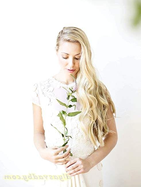 Проста зачіска на весілля 15 фото