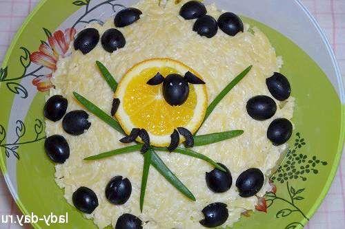 Рецепт з фото салату з ананасом