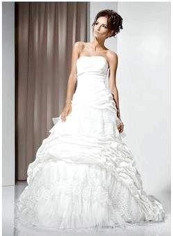 Весільне плаття пошити, купити або взяти напрокат