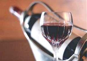 Користь червоного вина для чоловіків