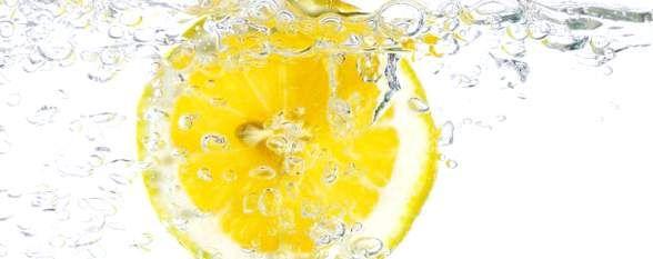 Як вживати воду з лимоном для схуднення?