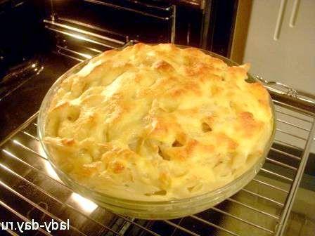 Запечена картопля з салом і грибами